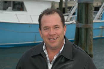 Dr. Louis Daniel will follow Preston Pate as the Director of the N.C. Division of Marine Fisheries.  Pate is retiring and Daniel will assume the Director's duties on February 1.