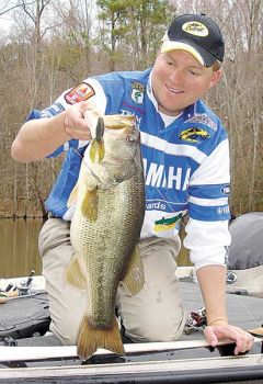 Improve your bass fishing in the fall with these tips from a professional angler.