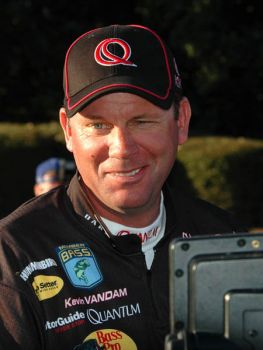 Kevin VanDam was all smiles after landing 19 1/2 pounds of bass during the first day of the Bassmaster Classic. That set the pace, and the two-time champion feels there are more bass to catch in his area.