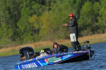 Arizona's Dean Rojas widened his lead today (April 16) in the Bassmaster Elite Series stop on Toledo Bend.