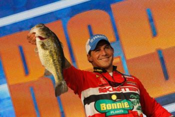 Louisiana native Keith Poche weighed in 17-13 to take a slim early lead in the 2012 Bassmaster Classic being held through Sunday on the Red River.
