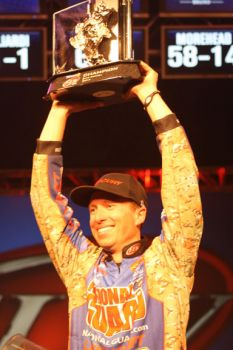 Brent Ehrler won the FLW Major Tour stop at Lake Hartwell, pocketing $100,000 and taking the lead in the Angler of the Year standings.