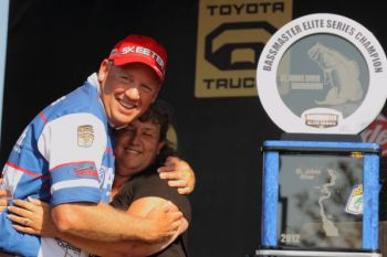 Texas' Alton Jones won his first Bassmaster Elite Series tournament today during the 2012 inaugural event on the St. Johns River.