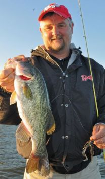 Guide Jeff Thomas says Shearon Harris Lake is the best best for Raleigh-Durham area fishermen this week.