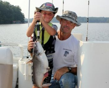 Lake gaston 39 s blue catfish are beating the heat carolina for Lake gaston fishing