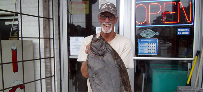 Flounder fishing remains excellent in Southport area