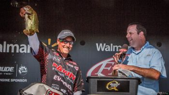 Shelby's Bryan Thrift won an FLW Tour event on Alabama's Lake Eufala on Saturday, taking home $125,000.