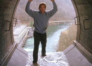 A segment of the movie �The Fugitive� starring Harrison Ford and Tommy Lee Jones was filmed at Cheoah Dam, which has now become known as �Fugitive Dam� after the success of the movie.