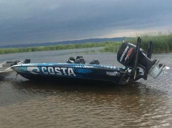 After running aground on a sandbar Monday evening, Casey Ashley is determined to finish strong in the last tournament of the Elite Series, which began today.