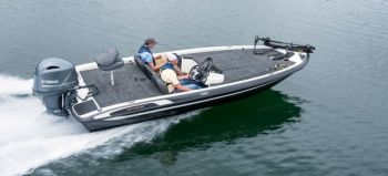 The Stratos 186 VLO is rated for up to a 135-horsepower outboard.