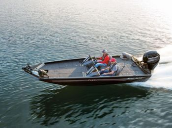 Ranger's RT198p carries a lot of features common on the company's popular fiberglass boats.