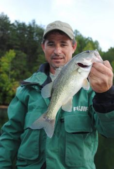 Joel Richardson catches winter bass by following the baitfish, not the water temperature, even in hot-hole lakes.