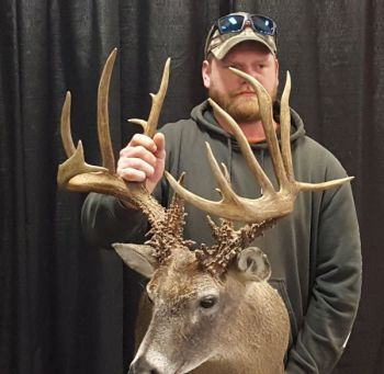 Derin Daniels recovered this buck after poachers killed it on his property. It officially scored 187 0/8 at the 2017 Dixie Deer Classic.