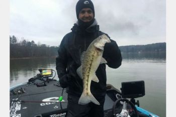 Casey Ashley moved into the top ten with a strong second day of the 2018 Bassmaster Classic on Lake Hartwell.