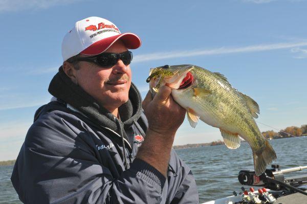 Lake of the month lake gaston carolina sportsman for Lake gaston fishing