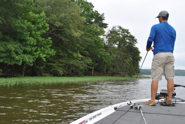 Lake gaston largemouth bass for Lake gaston fishing report