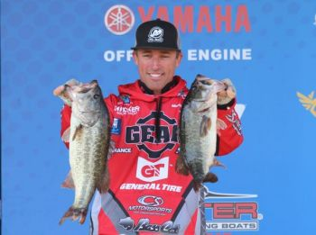 Lake Wylie's Britt Myers moved into 1st place at the Huk Performance Fishing Bassmaster Elite at Winyah Bay after bringing 21+ pounds of Cooper River bass back to the Carroll Ashmore Campbell Marine Complex today.