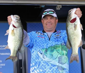 Rob Digh lead the way for North Carolina in the team division. The Denver native bagged 10 fish weighing 24-03 during the event.