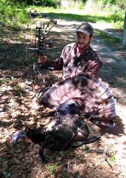 Scott Hammond said it's easier to ditch his blind and decoys late in the season when he's hunting with a bow.